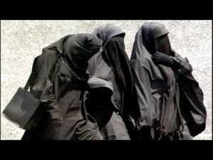 modest women
